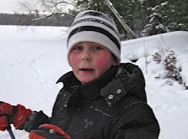 Fabian på skidor